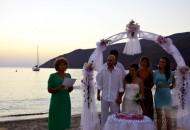 pragmatikoi-gamoi-gamos-stin-amorgo-aegialis-hotel-γάμος-στην-αμοργό 1